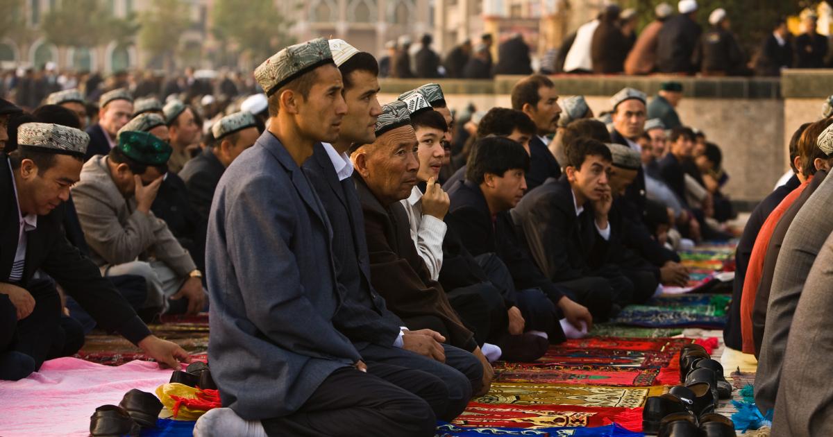 الصين تهدد الأيغور بالمعسكرات التثقيفية