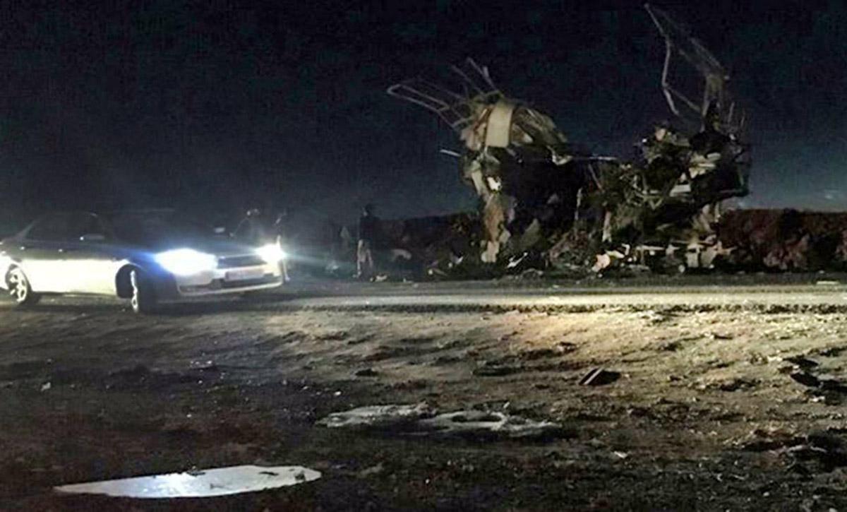 تفجير انتحاري يستهدف الحرس الثوري ينجم عنه 20 قتيل