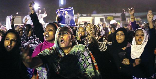 Photo of البشير سيعيد صياغة الدستور ويوضح دور المرأة في الثورة السودانية