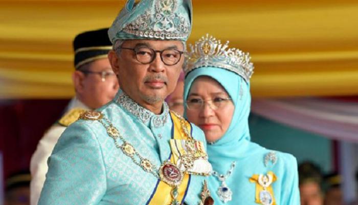 ملك ماليزيا الجديد يتوج خلال احتفال