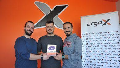 Photo of مهندسان تركيان يحصلان على أفضل جائزة تقنية لاختراعهما ساعة ذكية