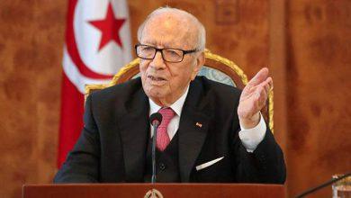 Photo of السبسي يعلق على احتجاجات الجزائر ويعتز بقرار المساواة في الميراث