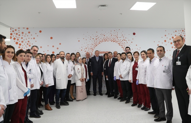 أردوغان يفتتح ثالث أكبر مستشفى في العالم