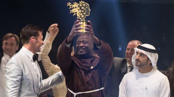 معلم علوم أفريقي يفوز بجائزة أفضل معلم