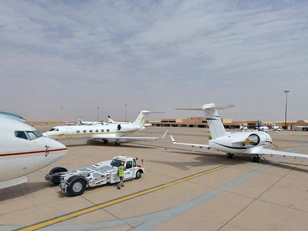 الطيران الخاص يمنع في الجزائر تحسباً من هروب المسؤولين