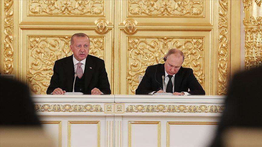 Photo of ناقشا سبل دعم التسوية السورية.. تفاصيل المكالمة الهاتفية بين الرئيس أردوغان ونظيره بوتين