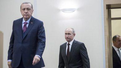 """Photo of تركيا لن تتخلى عن إدلب.. أردوغان يتصل ببوتين بعد عملية عسكرية بدعم من مناطق """"غصن الزيتون"""""""