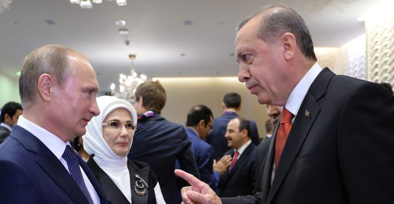 الرئيس التركي رجب طيب اردوغان ونظيره الروسي فلاديمير بوتين