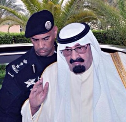 اللواء عبد العزيز الفغم مع الملك الراحل عبدالله بن عبدالعزيز