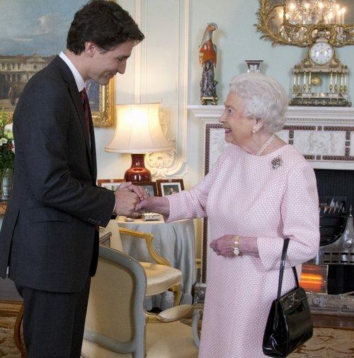 أليزابيث ورئيس وزراء كندا