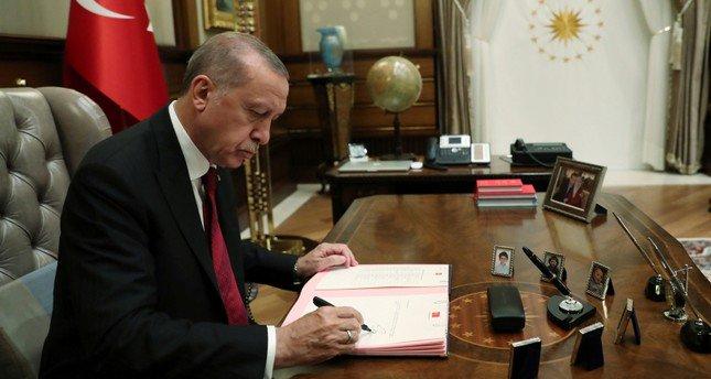 الرئيس أردوغان يوقع قرار