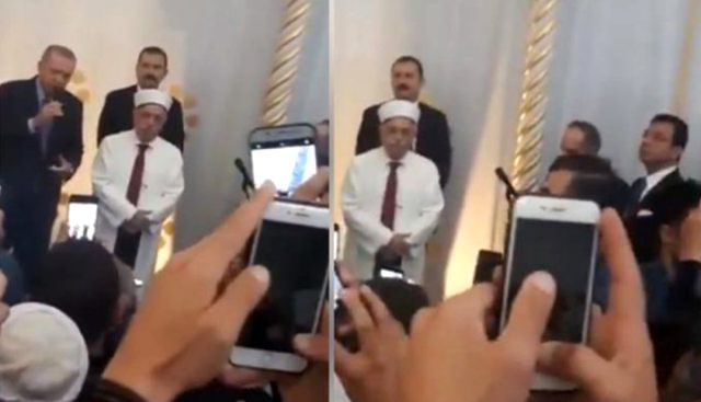 أردوغان في مسجد تشامليجا بعد صلاة الجمعة (وسائل إعلام تركية)