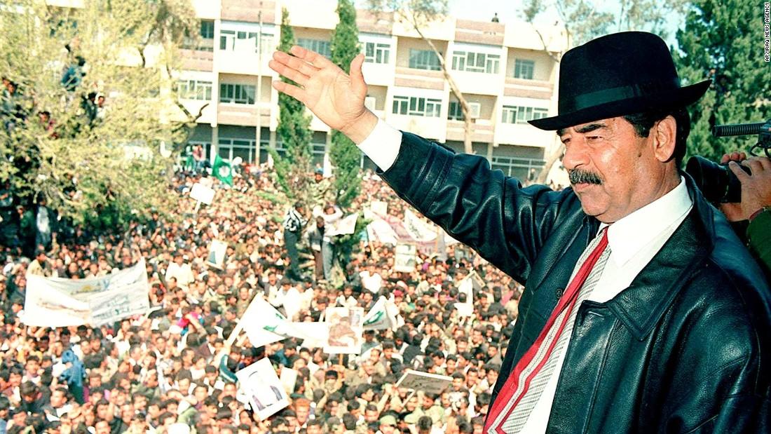 متظاهرون في بغداد يهتفون للرئيس صدام حسين