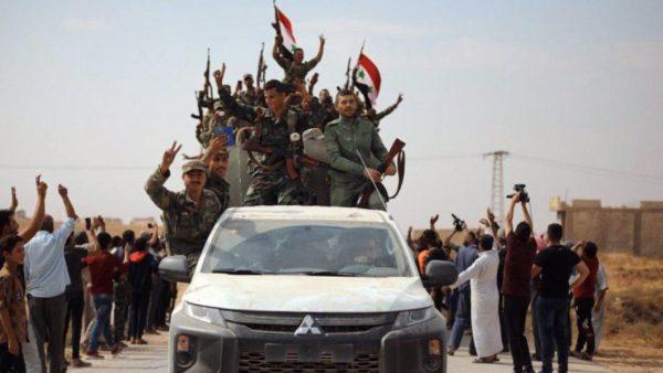 عناصر يتبعون النظام السوري