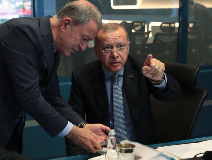 الرئيس أردوغان من داخل غرفة عمليات