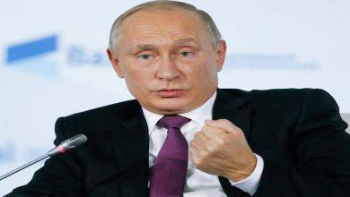 Photo of بالتزامن مع قـ.ـصف الطائرات الروسية لمدينة إدلب.. بوتين يعلن مجدداً انتهاء العمليات العسكرية في سوريا