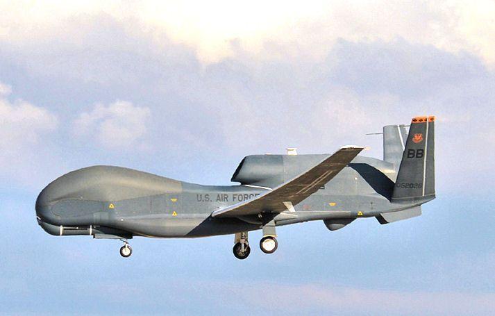 طائرة Global Hawk