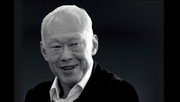 لي كوان يو مؤسس سنغافورة الحديثة