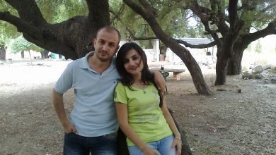 """Photo of وجه كلمة لوالدته وزوجته.. شاهد آخر كلمات ضابط الأسد """"إيفان ديوب"""" قبل مقـ.ـتـله في إدلب.. وطائرات مسيرة """"تنير"""" مطار حماة (صور)"""