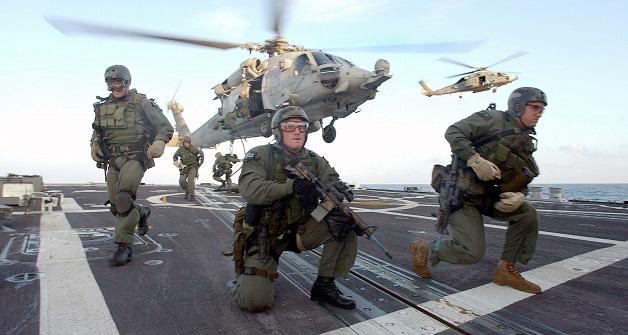 """Photo of بعد """"جيش"""" الأمس.. الآلاف من عناصر المارينز الأمريكية يتجهون للشرق الأوسط على متن بارجة ضخمة.. فهل تكون حـ.ـرباً عالمية؟"""