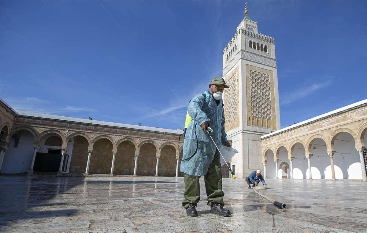 إعادة فتح المساجد