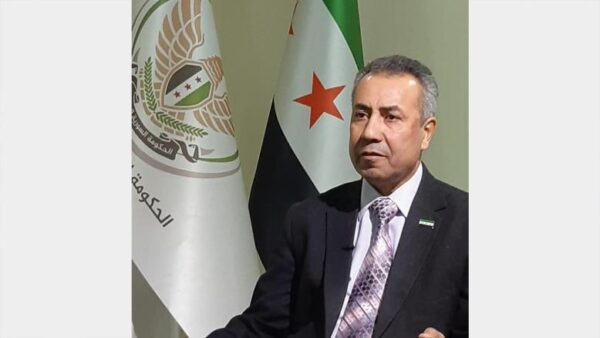 وزير اقتصاد الحكومة المؤقتة عبد الحكيم المصري