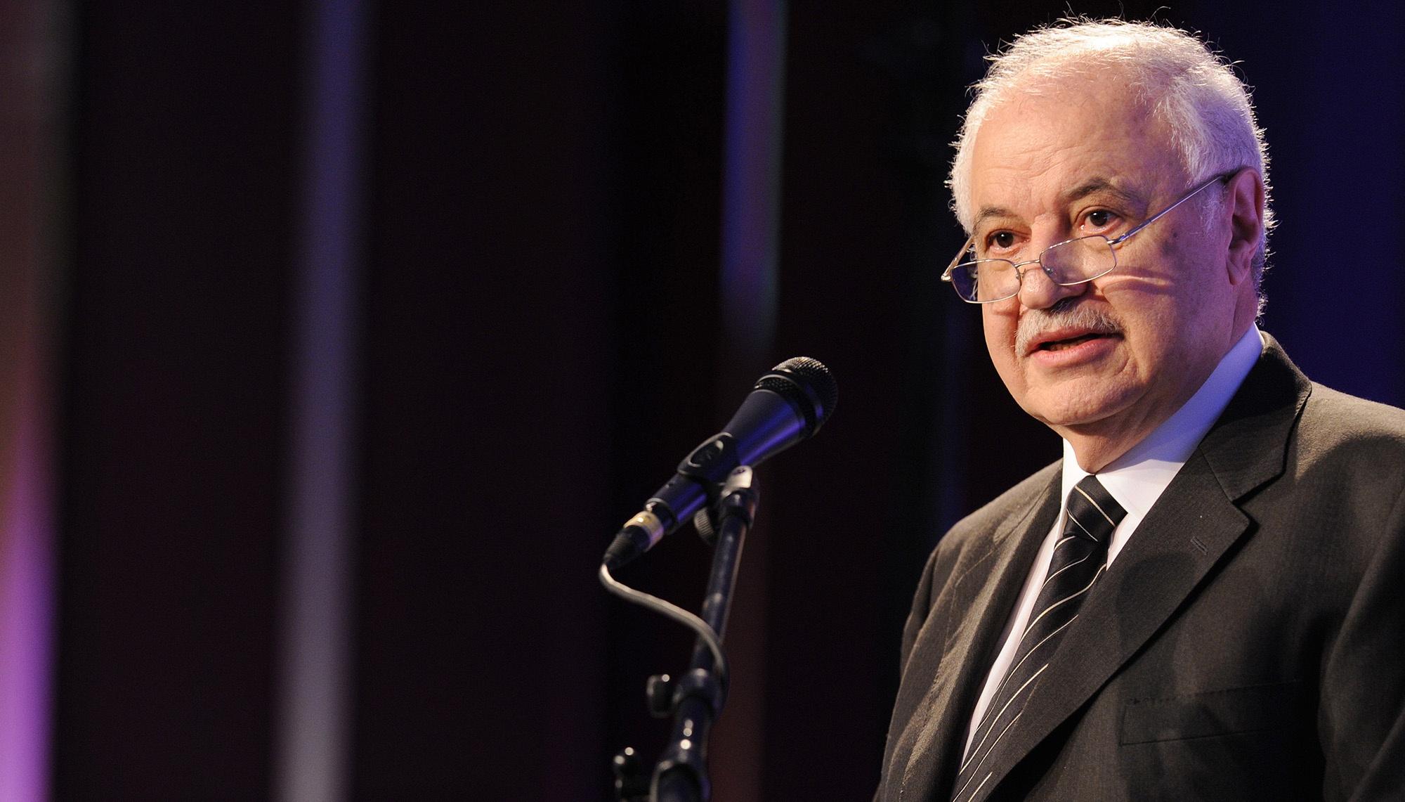 رجل الأعمال الفلسطيني الأردني طلال أبو غزالة
