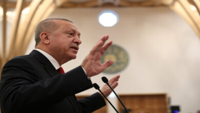 Photo of بالتزامن مع إزالـة جزء من الجدار الحدودي مع سوريا .. تصريحات جديدة للرئيس أردوغان بشأن المنطقة وخبير يؤكد: الخيارات العسكرية مفتوحة