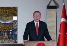 Photo of لم ينم حتى الفجر.. صحفي تركي يكشف ردة فعل أردوغان بعد إعادة آيا صوفيا مسجداً.. هذا ما قاله الرئيس التركي! (صورة)