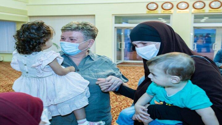"""الاستخبارات التركية تحرر عائلة """"مولدوفية"""" شمالي بسوريا"""