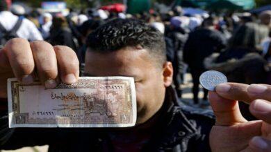Photo of تتعلق بمستقبل الليرة.. أبرز السيناريوهات المحتملة للخروج من الأزمة الاقتصادية في سوريا