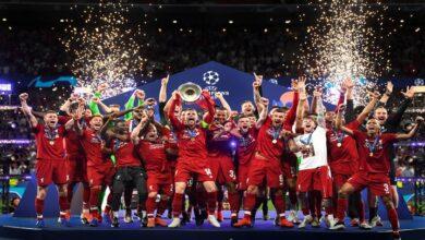 """Photo of ليفربول يحتفل بـ لقب الدوري الإنكليزي بعد 30 عاماً من الانتظار.. كيف علّق محمد صلاح على الفوز؟ """"صور – فيديو"""""""