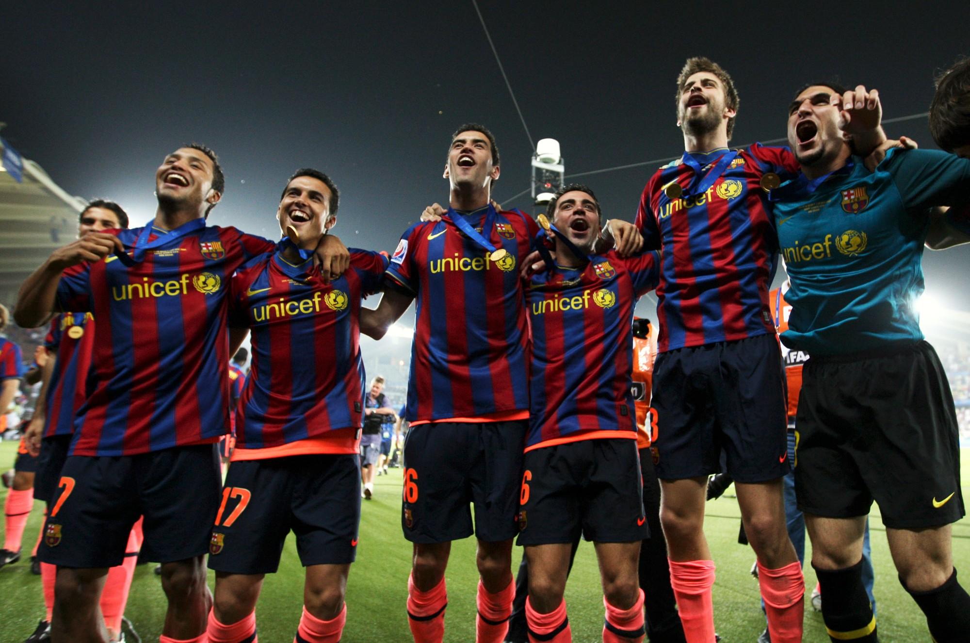 نادي برشلونة - مواقع التواصل