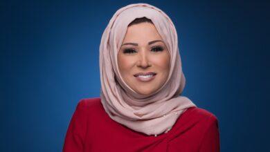 Photo of مذيعة الجزيرة الشهيرة خديجة بن قنة تعود للشاشات بعد غياب، لتقديم النشرات الرئيسية وما وراء الخبر (شاهد)