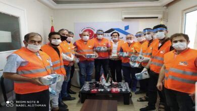 """Photo of سوريون يبادرون بحملة لتوزيع آلاف الكمامات في تركيا """"فيديو"""""""