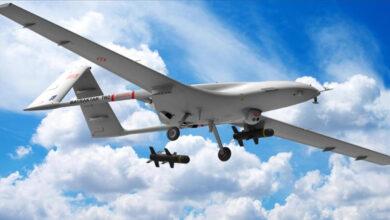 Photo of هالوك بيرقدار : تنفيذ أول عملية في العالم لسرب طائرات SİHA المسيرة في إطار درع الربيع