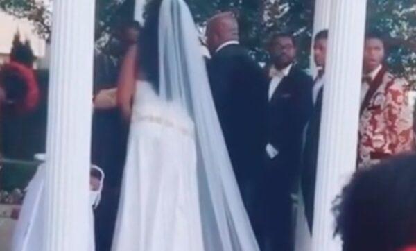 حفل زفاف في أمريكا - ديلي ميل
