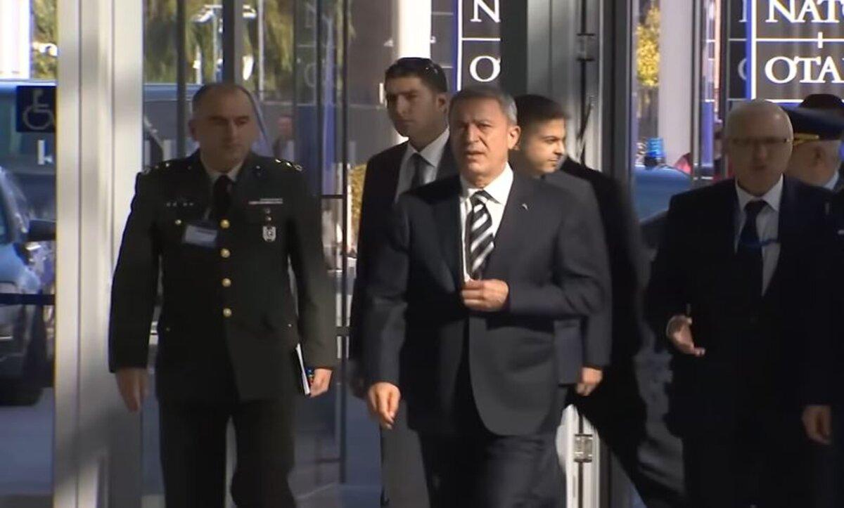 خلوصي أكار - وزير الدفاع التركي