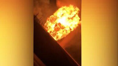 Photo of مصادر تكشف بالفيديو أسباب انقطاع الكهرباء في معظم أنحاء سوريا