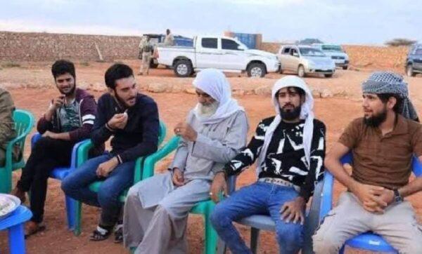 سوريون في الصومال - مواقع التواصل