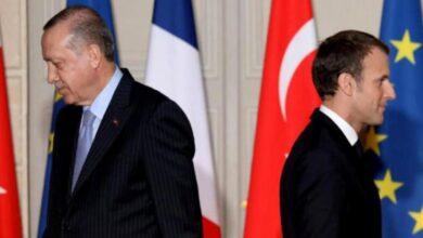 Photo of بعد زيارة ماكرون .. أردوغان: لسنا في لبنان للاستعراض والتقاط الصور كما يفعل البعض