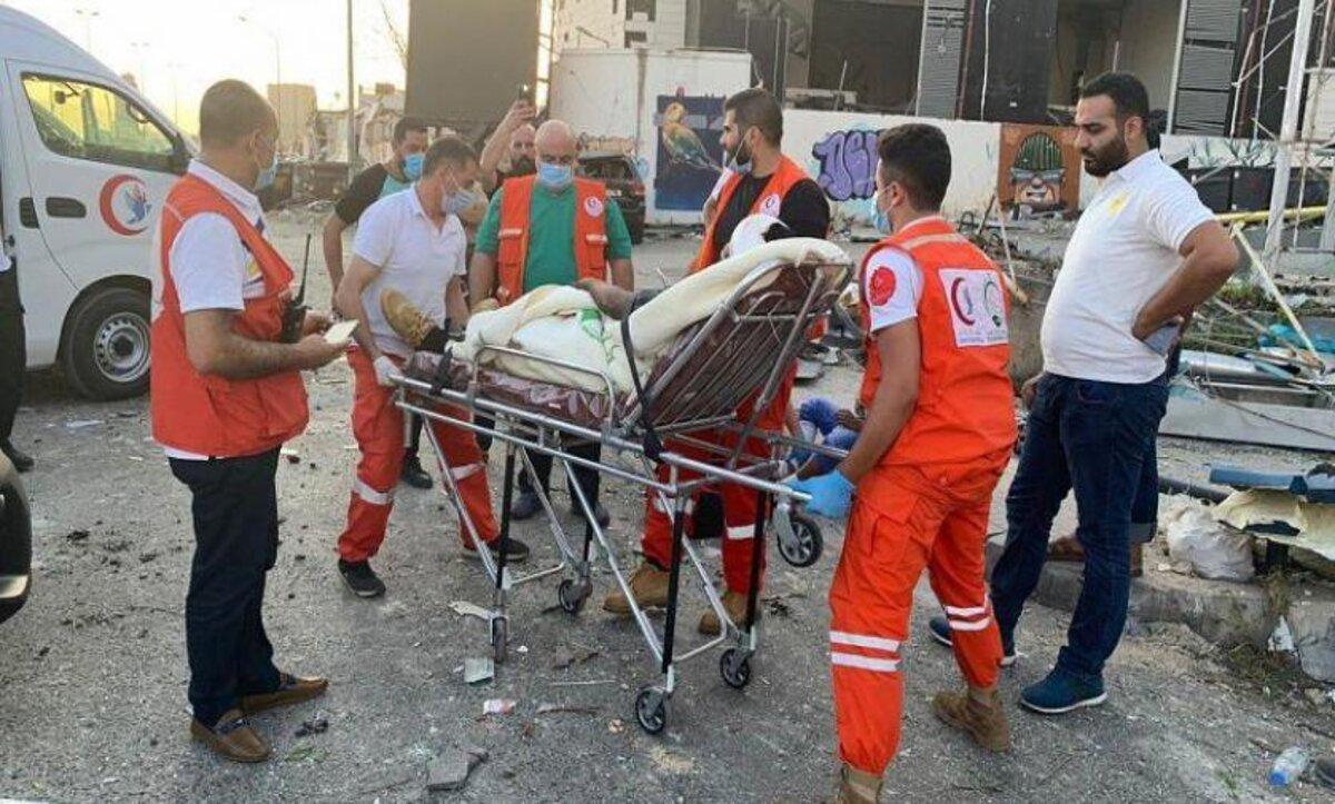 متطوعون لمساعدة اللبنانيين في بيروت - مواقع التواصل