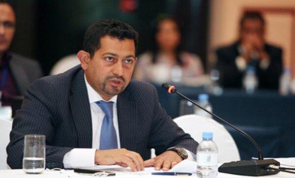 ياسر أبو هلالة - مواقع التواصل