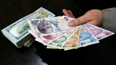Photo of آخر أسعار العملات مقابل الليرة السورية والتركية.. وبيان مرتقب لوزير الصناعة التركي