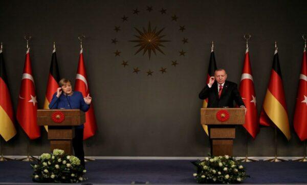 أردوغان للمستشارة ميركل: على أوروبا أن تكون عادلة ومتزنة في مسائل شرق المتوسط