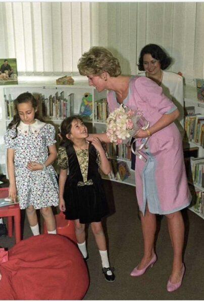 دنيا سمير غانم مع الأميرة ديانا
