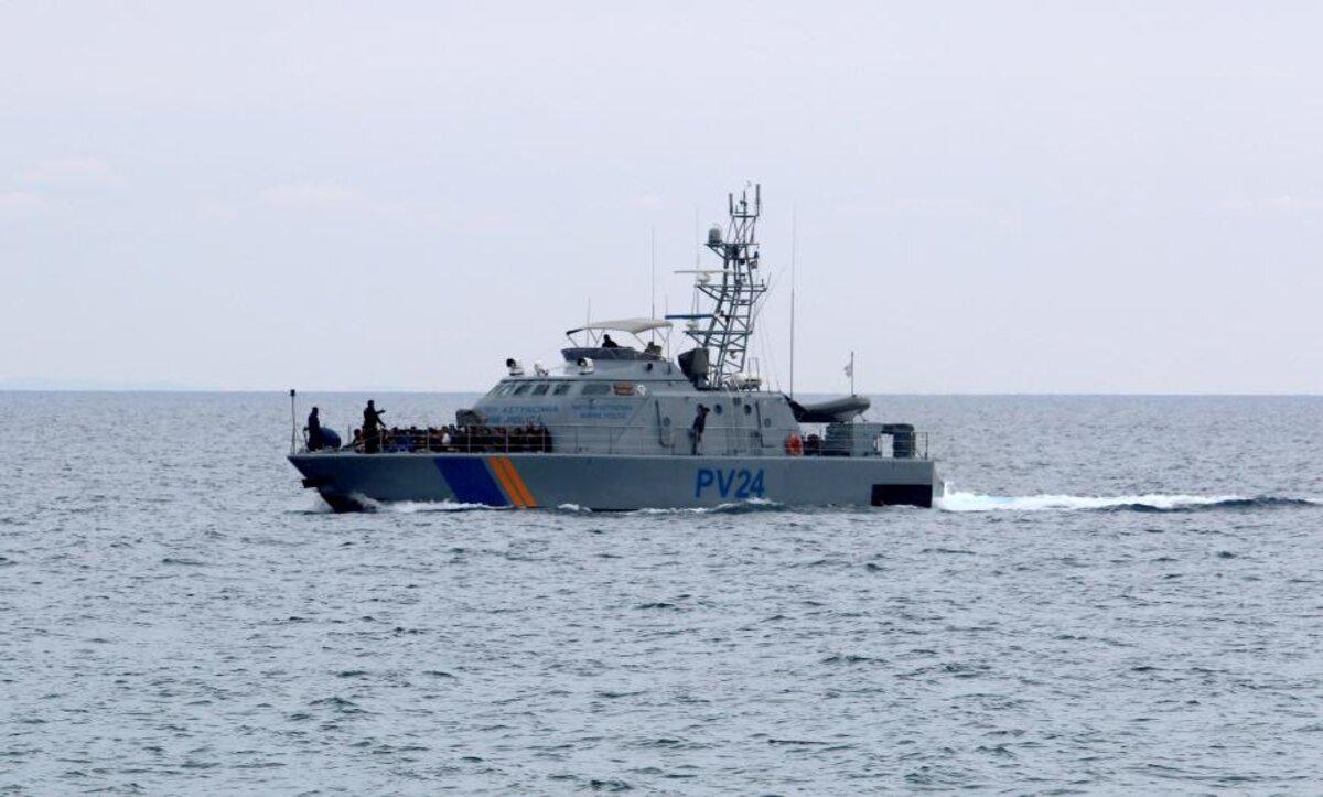 خفر السواحل القبرصي - رويترز