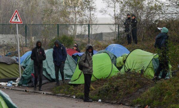 لاجؤون في طريقهم إلى أوروبا - مواقع التواصل