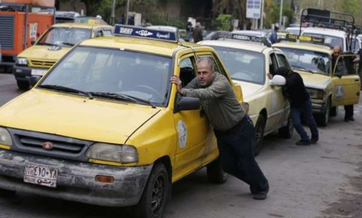محطات الوقود في سوريا- مواقع التواصل