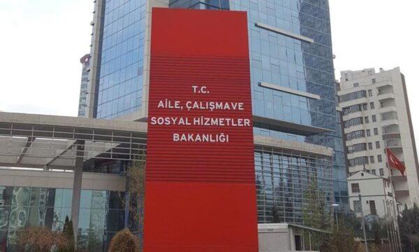 وزارة العمل في تركيا - مواقع التواصل